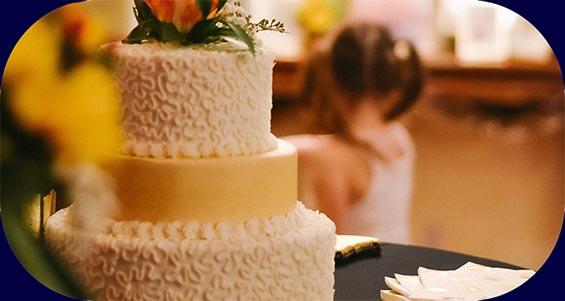 Welchen Song für die Hochzeitstorte? – (Musik & Tipps)